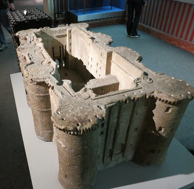 Model Souvenirs were made out of pieces of the Bastille