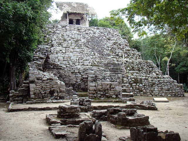 Painting Complex in Coba