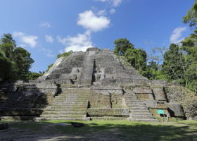 the-high-temple-of-Lamanai-situated-in-the-north-of-Belize