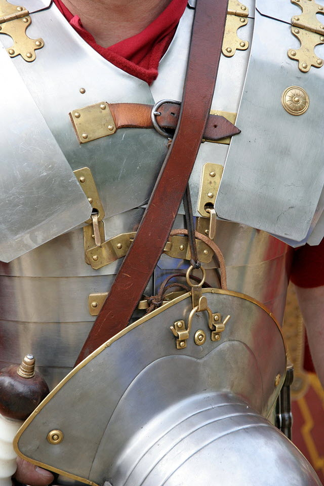 An image of a person with Lorica Segmentata - A Roman Weapon