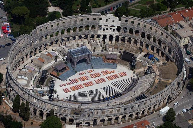 A picture of the new old amphitheater located in Pula, Croatia-min