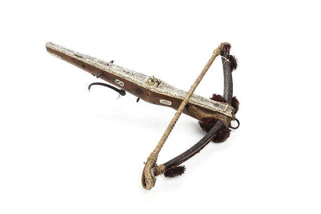 An image of 16th Century Crossbow